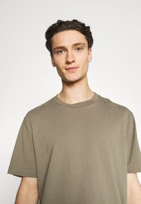 AllSaints - MUSICA CREW - Basic T-shirt - willow taupe - 3