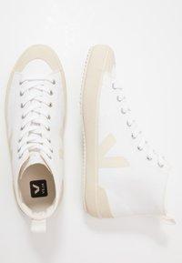 Veja - NOVA - Baskets montantes - white/pierre - 3