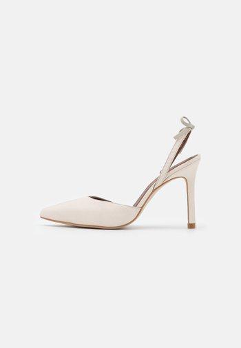 JAIMA - Classic heels - offwhite