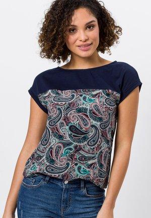 MIT PAISLEYDRUCK - Print T-shirt - desert night blue