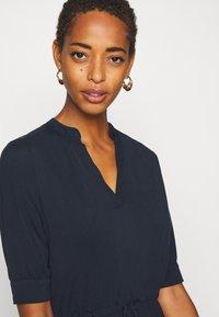 Selected Femme Tall - SLFMIE-DAMINA DRESS TALL - Day dress - dark sapphire - 3