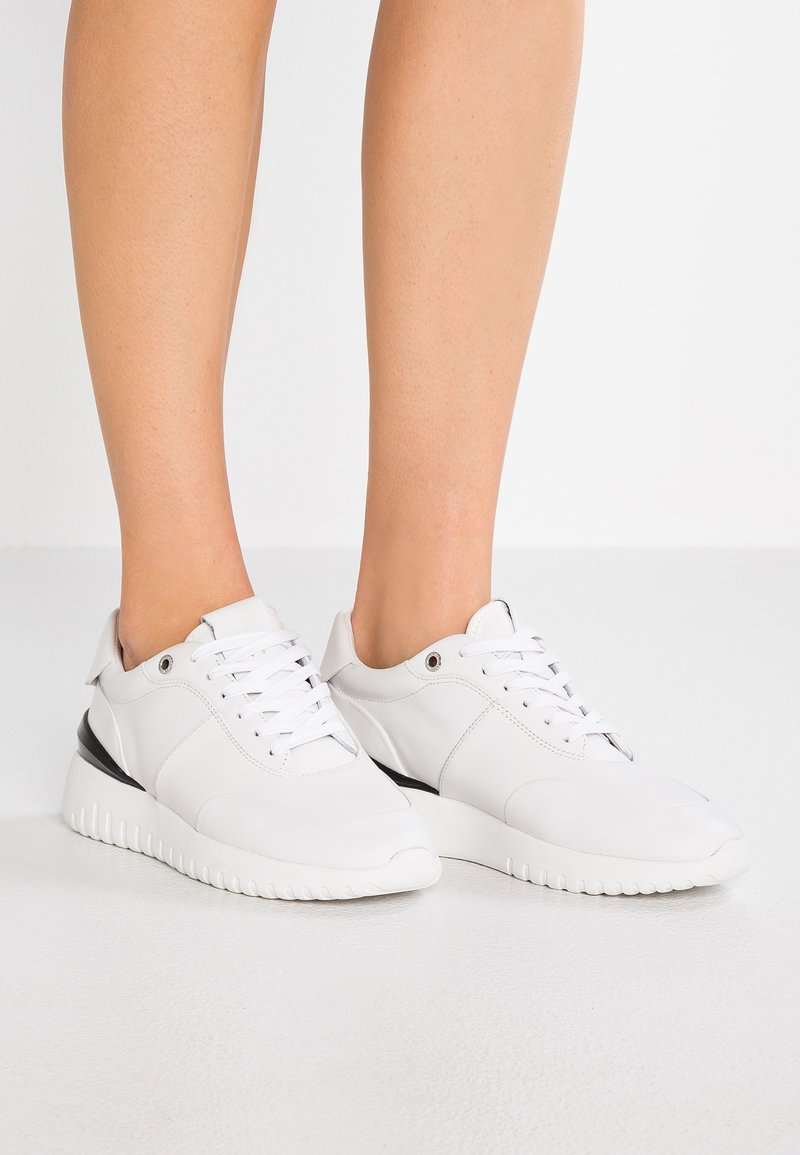 BOSS - ALLEN - Trainers - white