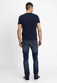TOM TAILOR - JOSH - Slim fit jeans - mid stone wash denim - 2