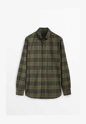 KARIERTES - Shirt - green