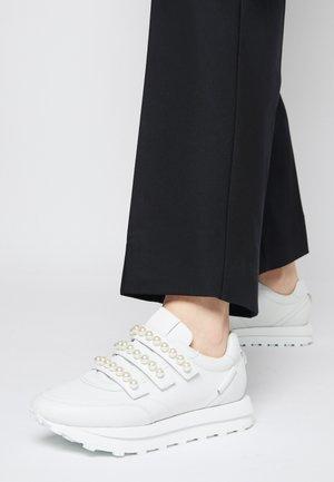 HERO - Sneakers laag - bianco