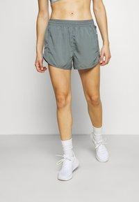 Nike Performance - Sports shorts - smoke grey/smoke grey/silver - 0