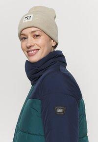 O'Neill - MISTY  - Snowboard jacket - balsam - 3