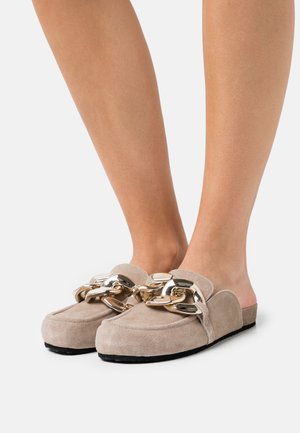 STUDY - Mules - taupe