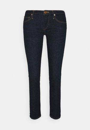 CORA - Džíny Straight Fit - denim blue