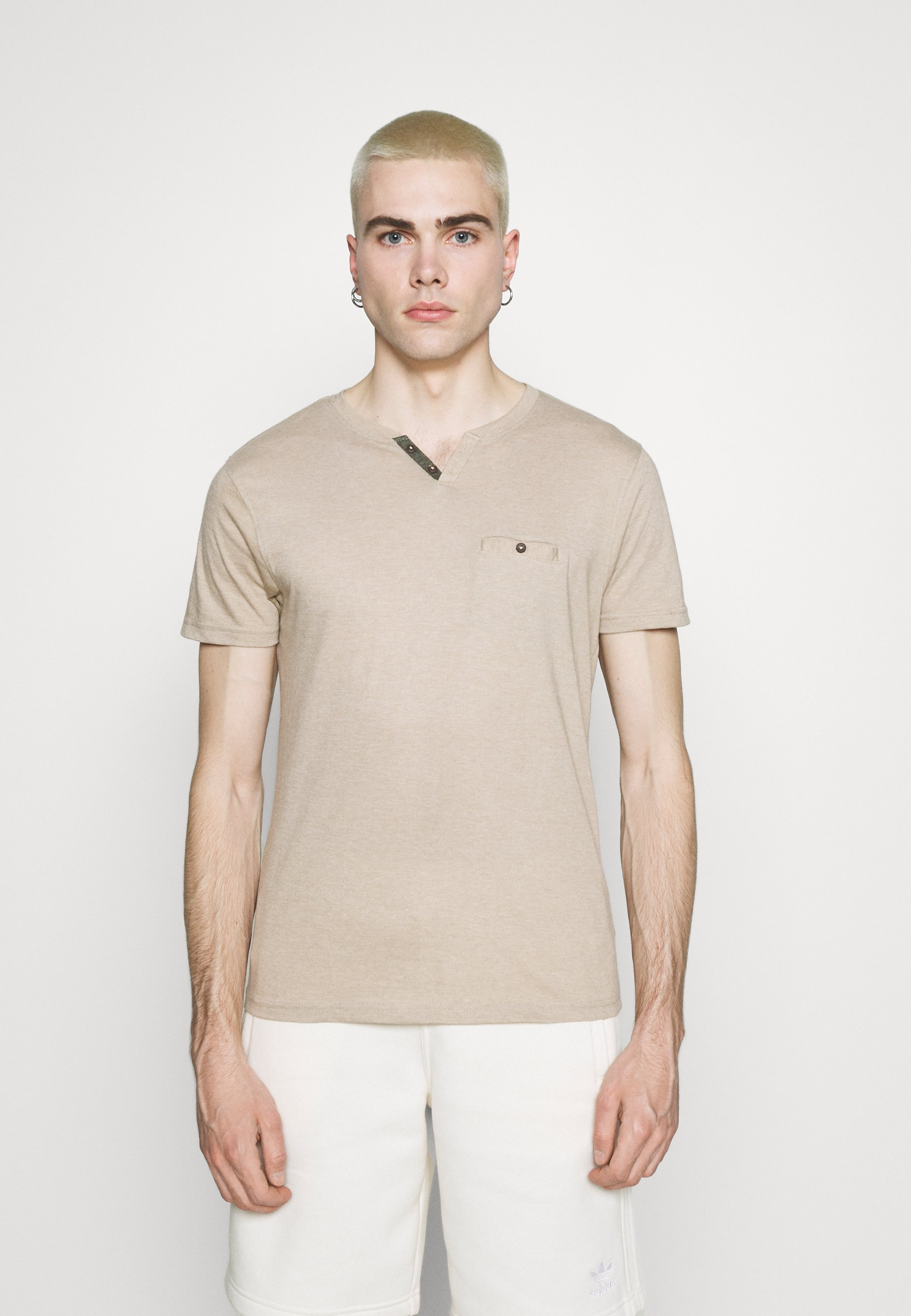 Men NICE - Basic T-shirt