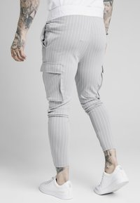 SIKSILK - DUAL STRIPE PANT - Teplákové kalhoty - grey/white - 4