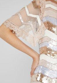 Needle & Thread - ALASKA MINI DRESS - Koktejlové šaty/ šaty na párty - pearl rose - 5