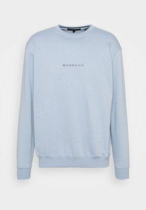 UNISEX ESSENTIAL REGULAR - Sweatshirt - light blue