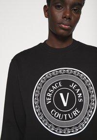 Versace Jeans Couture - FELPA  - Felpa - black - 4