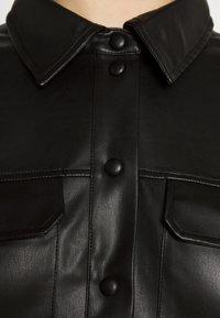 Vero Moda Curve - VMPAULINA VIP  - Skjorte - black - 8