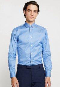 Selected Homme - SLHSLIMPEN - Koszula biznesowa - skyway - 0