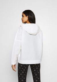 Nike Sportswear - EARTH DAY - Windbreaker - white - 2