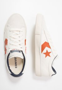 Converse - PRO LEATHER - Trainers - white/venetian rust/driftwood - 1