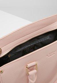 LYDC London - Handbag - rose - 4
