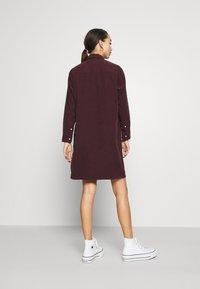 Levi's® - SELMA DRESS - Shirt dress - malbec - 2