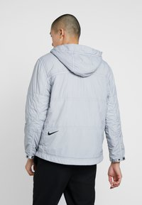 Nike Sportswear - Chaqueta de entretiempo - wolf grey - 2