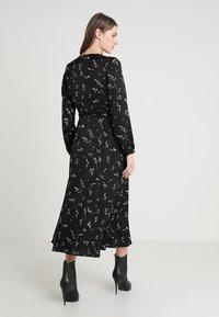IVY & OAK - PRINTED WRAP  - Maxi dress - black - 2
