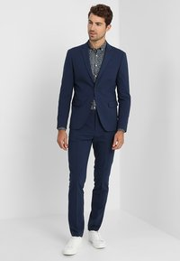 Lindbergh - PLAIN MENS SUIT - Traje - dark blue - 1