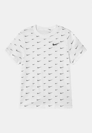 PLUS - T-shirt z nadrukiem - white