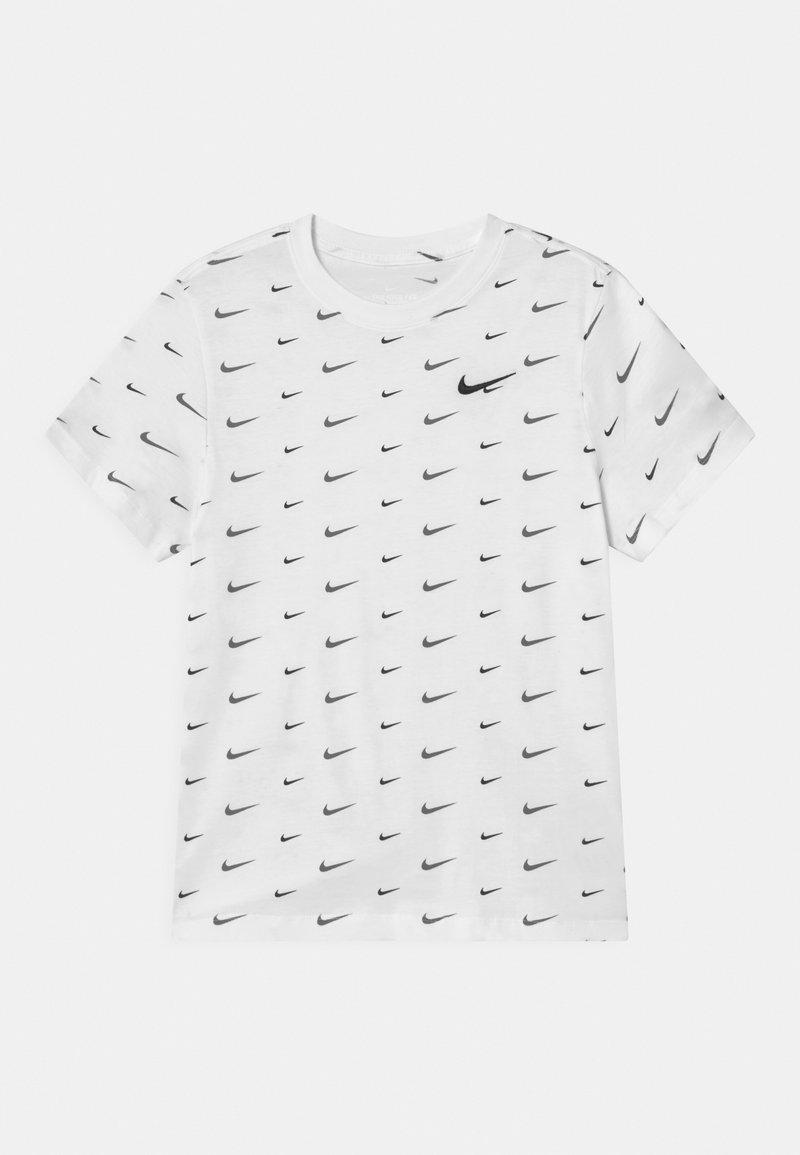 Nike Sportswear - PLUS - Triko spotiskem - white