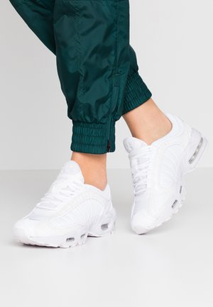AIR MAX TAILWIND - Sneaker low - white/barely grape