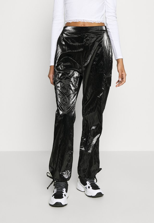 PAPER CARGO PANT - Trousers - black