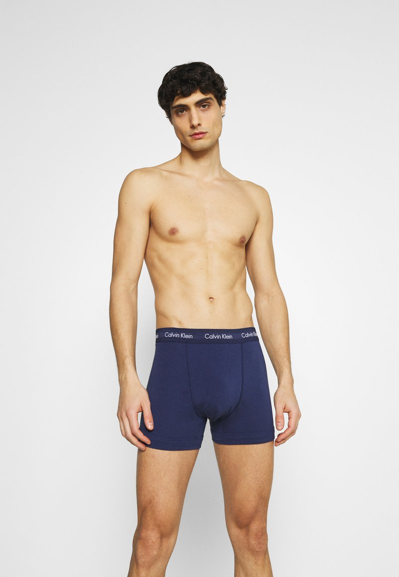 Calvin Klein Underwear - TRUNK 3 PACK - Pants - chino blue/plumberry