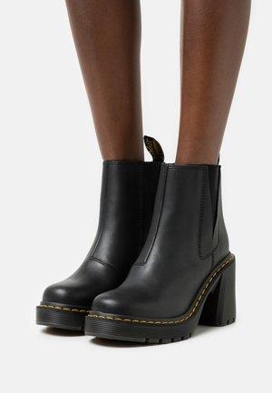 SPENCE - Kotníkové boty na platformě - black sendal