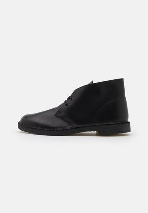 DESERT BOOT - Stringate sportive - black