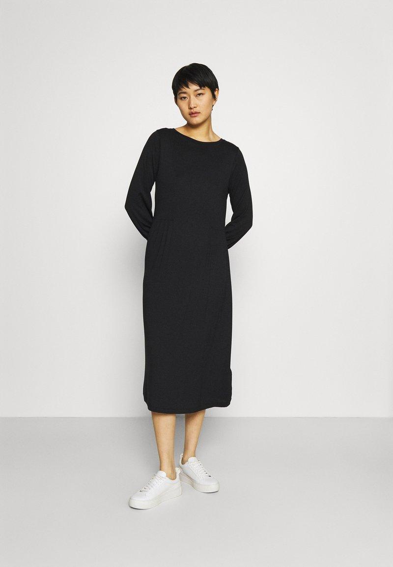 Esprit - Sukienka z dżerseju - black