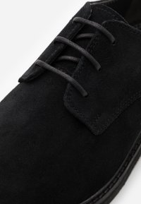 Walk London - SLICK DERBY - Smart lace-ups - black - 5
