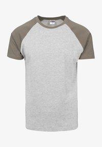 light gray mottled/brown