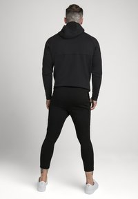 SIKSILK - SIKSILK MOTION TAPE ZIPTHROUGH - Mikina s kapucí - black - 2