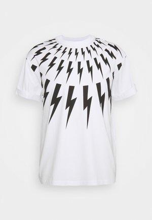 FAIRISLE THUNDERBOLT - Print T-shirt - white/black