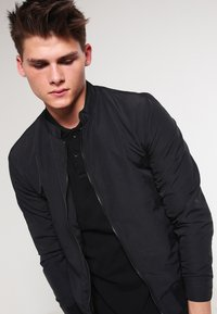 Scotch & Soda - CLASSIC GARMENT  - Polo shirt - schwarz