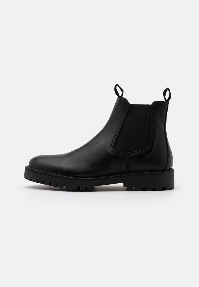 SLHRICKY CHELSEA BOOT - Støvletter - black