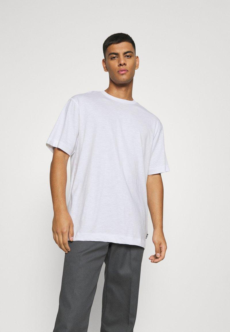 Only & Sons - ONSANDREW LIFE TEE - T-shirt med print - bright white