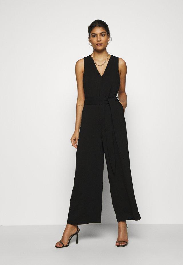 BACK SLIT ANKLELENGHT - Jumpsuit - black
