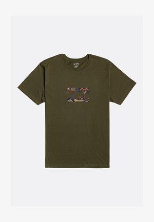 TEAM WAVE - Print T-shirt - military