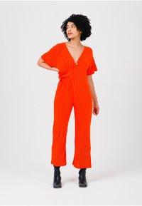 Solai - Jumpsuit - orange - 1