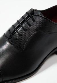 Kurt Geiger London - BANBURY - Business sko - black - 5