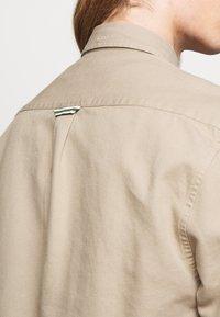 forét - BEAR - Shirt - khaki - 5