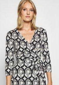 Diane von Furstenberg - JULIAN TWO - Day dress - black medium - 4