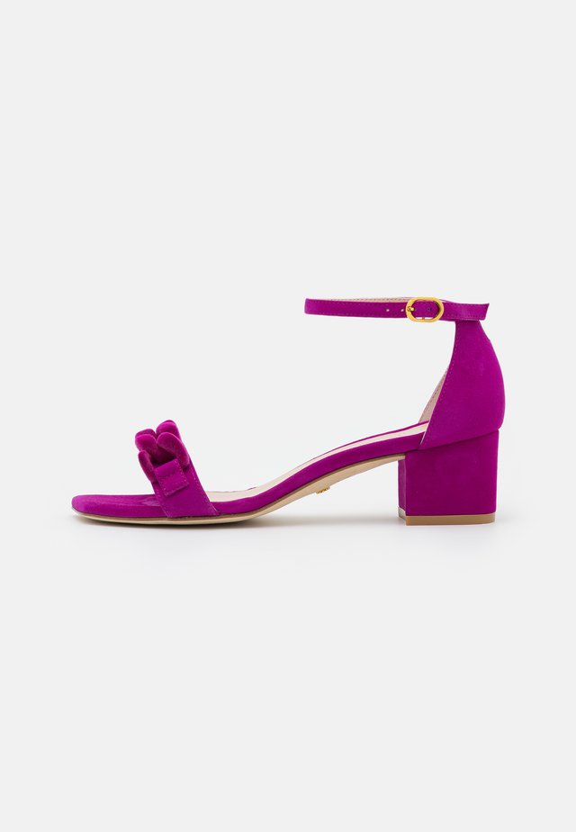 AMELINA BLOCK CHAIN - Sandals - raspberry