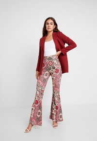 Free People - HARPER PRINTED PULL ON - Trousers - pink - 2